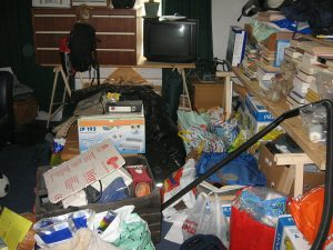 3 Reasons to Declutter